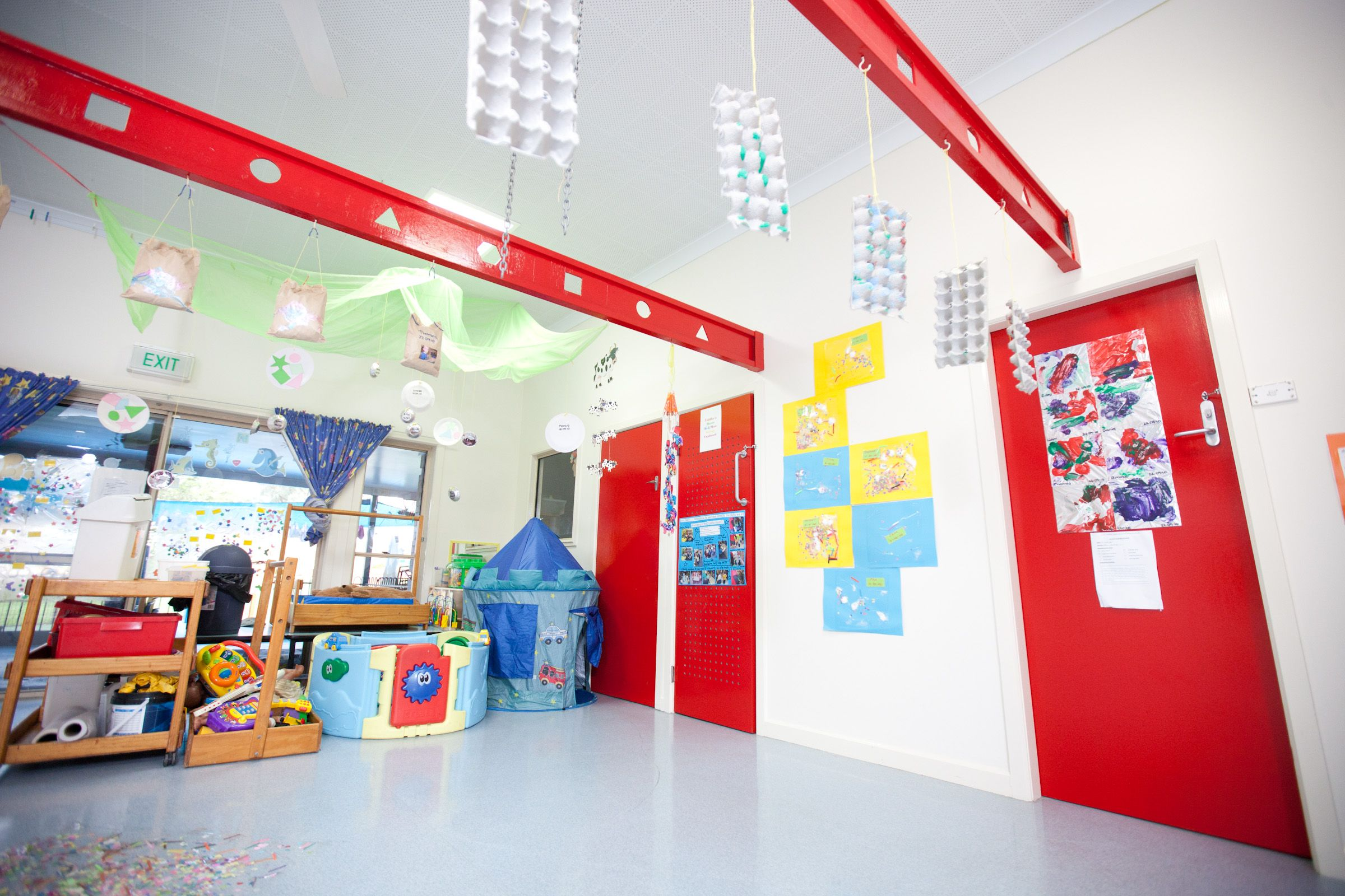 commercial painting - interior school building